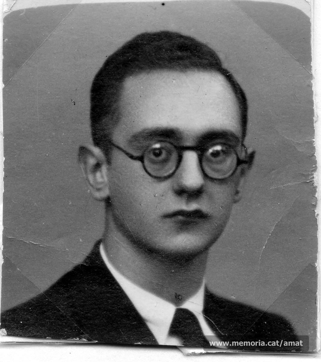 Any 1934. Fotografia de carnet. (Arxiu Comarcal del Bages. Fons Joaquim Amat-Piniella)
