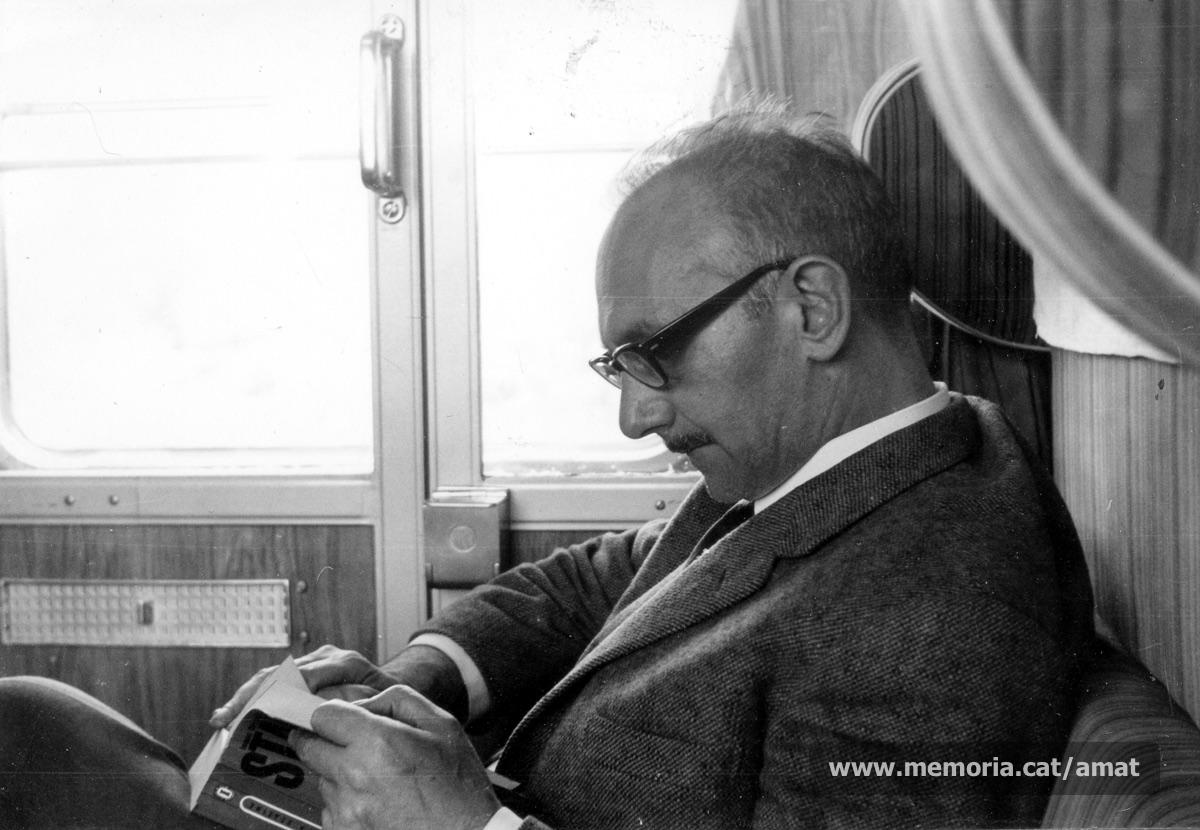 Maig de 1970. Amat viatjant a Mauthausen, per commemorar el 25è aniversari de l'alliberament del camp. (Arxiu Comarcal del Bages. Fons Joaquim Amat-Piniella)