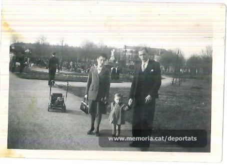 Brunet, la seva esposa i el seu fill a Orleans, on va néixer (Font: arxiu particular de Ferran Brunet)