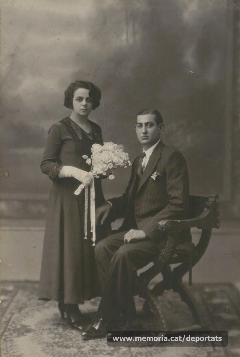 """Foto de casament de Maurici Ribas Pujol i Carme Cristina Codina, any 1931.""""Font: col·lecció conservada per Rosa Corbera Flotats"""""""