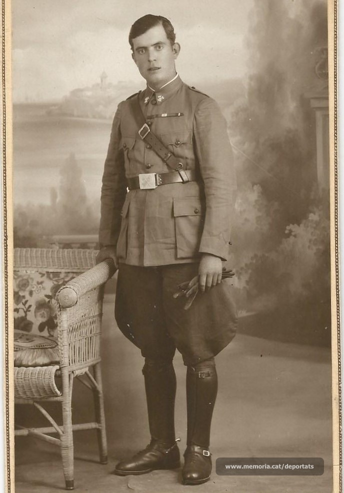Jaume Viladrosa, fent el servei militar (Font: arxiu particular de Núria Viladrosa Cutrina)